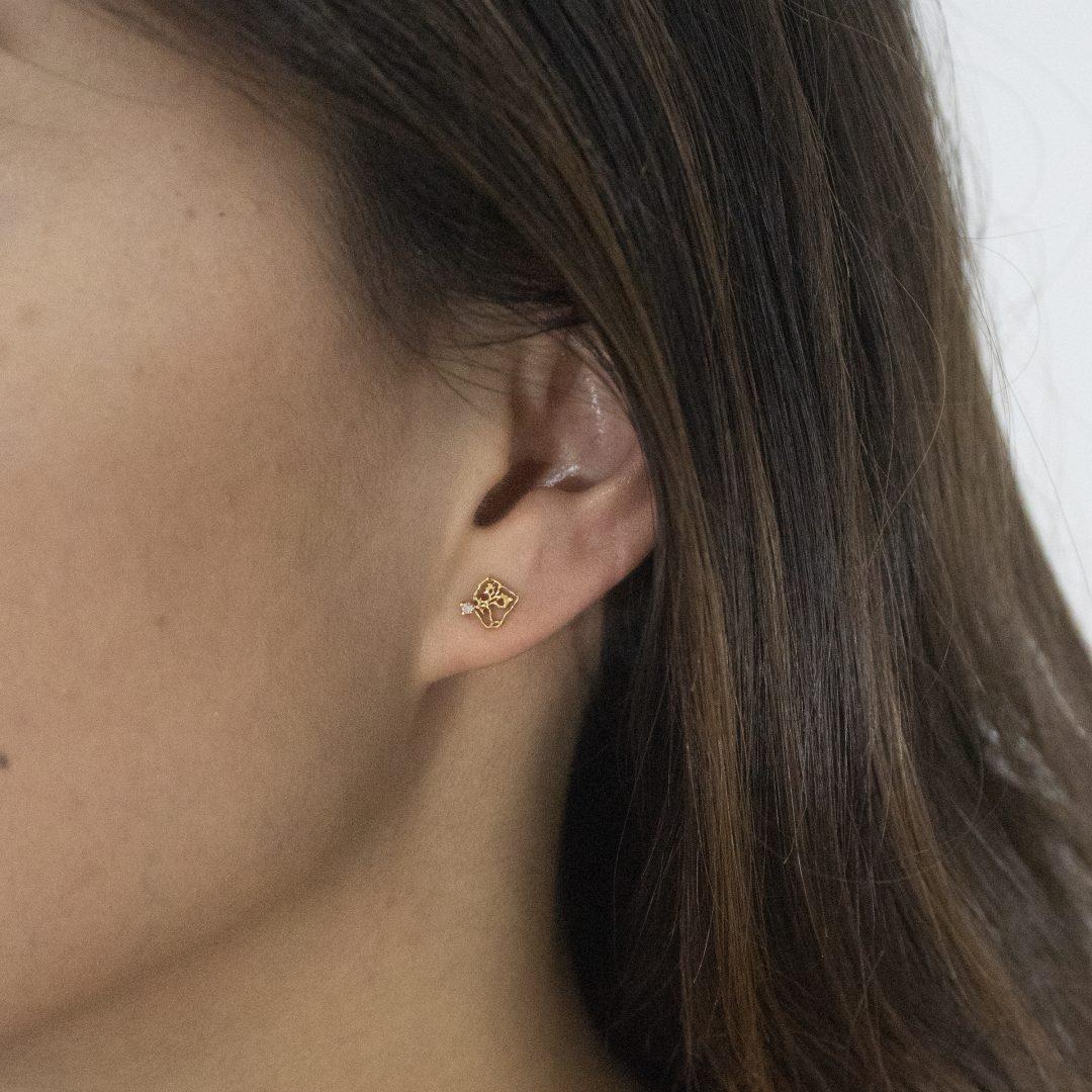 Natalie Perry, Tiny Petal Studs