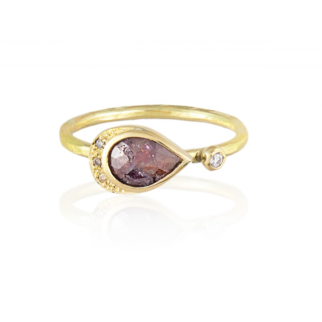 Natalie Perry, Cayenne Diamond ethical engagement ring